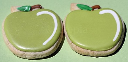 Sweetopia's Green Apple Bridal Shower Cookies
