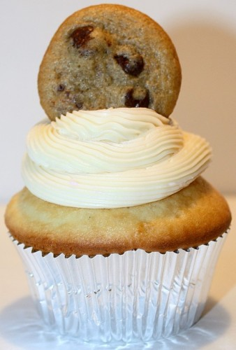 milk-cookie-cupcake